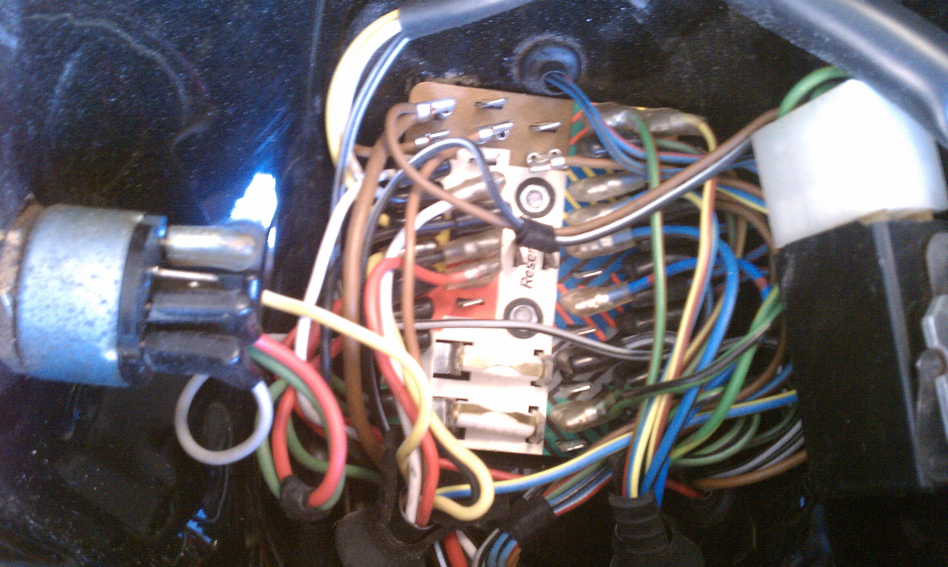 r90s headlight and wiring harness 06